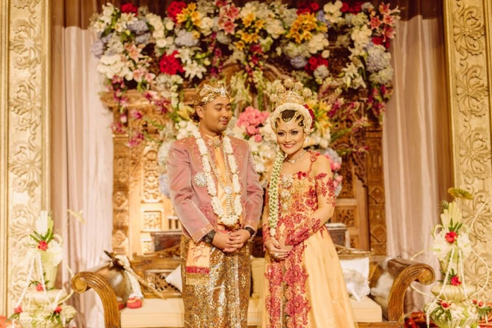 donna-tjahjadi-bride-evening-wear_kebaya-akad-randy-ruwry_20